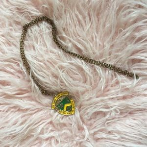 Jewelry - Vintage school crest necklace